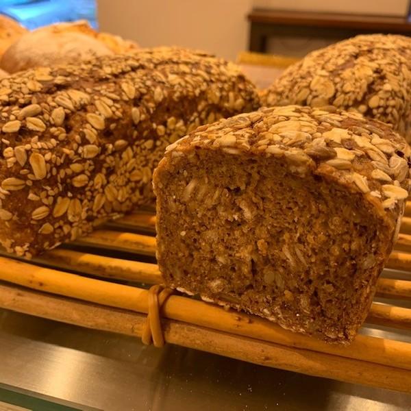 食物繊維たっぷりの大麦全粒粉パン